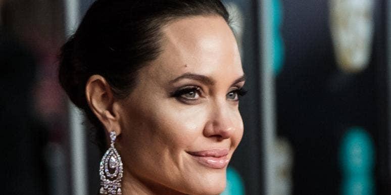 How Much Does Angelina Jolie Weigh? Details Photos Angelina Jolie 76 Pounds Custody Battle Brad Pitt