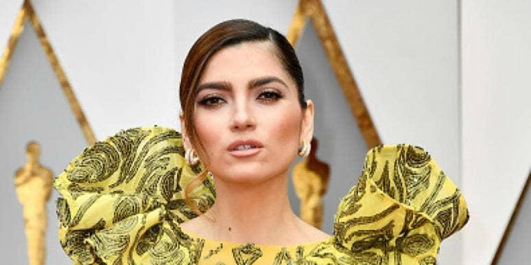 Actress showing vagina
