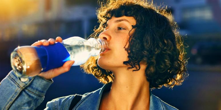 5 Subtle (But Serious!) Signs Of Dehydration