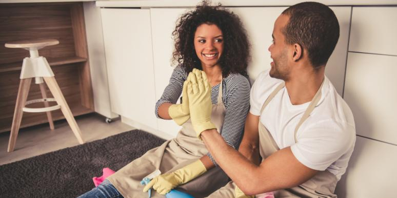 How To Get Your Husband To Help With The Household Chore List (Without A Fight)