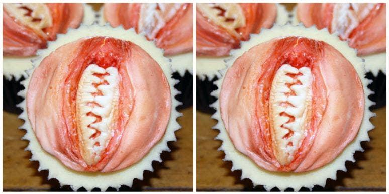 vagina dentata cupcakes