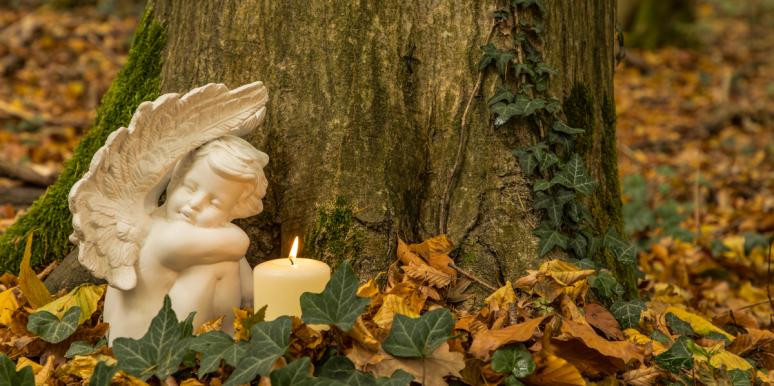 """Lay OFF Jackie Siegel: There's No """"Right"""" Way To Mourn A Dead Child"""