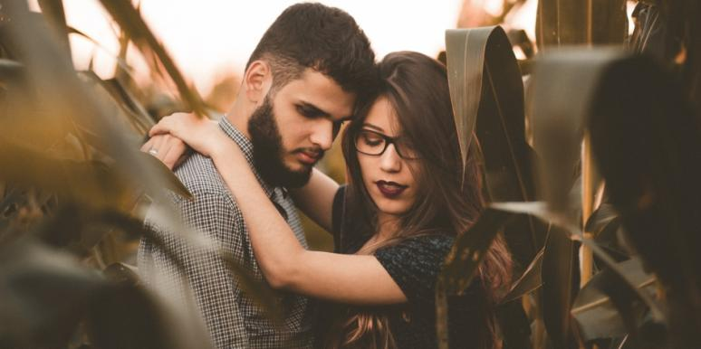 What Is Micro Cheating? The Signs He's Cheating Right In Front Of You