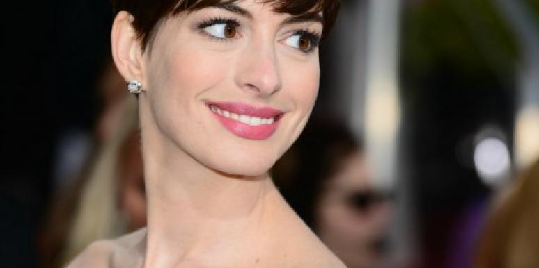 Anne Hathaway at the Golden Globes
