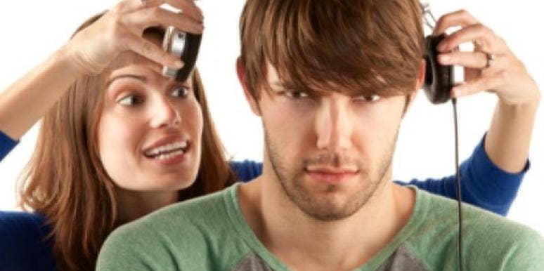 7 Signs You're An Overbearing Girlfriend | YourTango