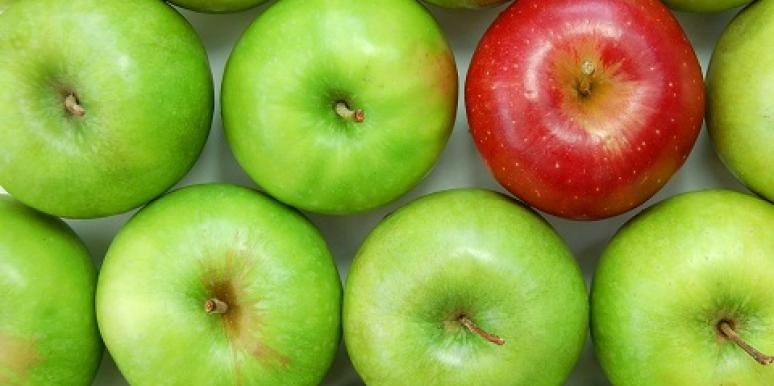 green apple red apple