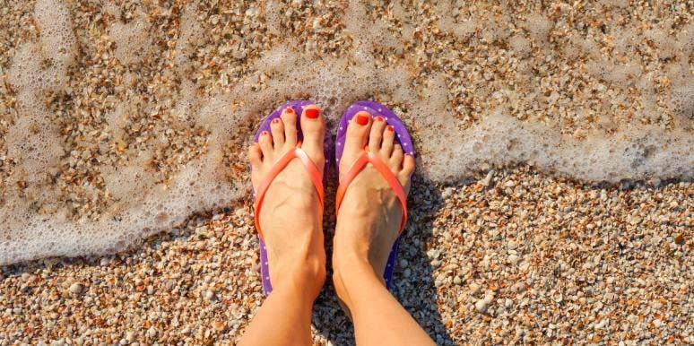 15 Best, Most Comfortable Flip Flops To Buy Online For Summer