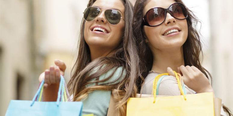 Girl's Shopping Date