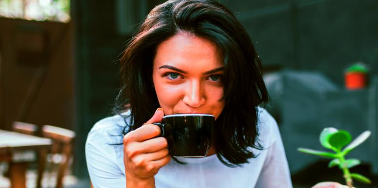 8 Symptoms Of Caffeine Withdrawal & How Long It Lasts If You Stop Drinking Coffee