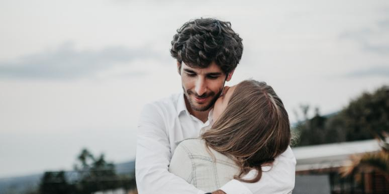 Relationship Advice For How To Love People With Ambivalent Attachment Styles