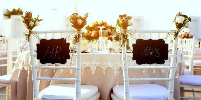 15 best diy wedding centerpieces cheap wedding tables decorations rh yourtango com