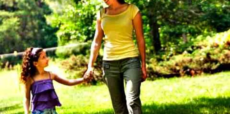 10 Ways To Help Your Kids Cope With Your Divorce [EXPERT]