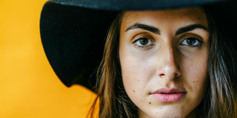 Sorry, Unconditional Love Is Total Bullsh*t (And, Here's Why)