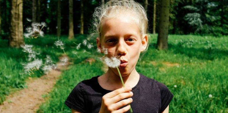 How To Raise Generous, Loving Kids