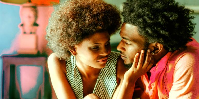 10 Compliments For Women That Are Romantic & Authentic