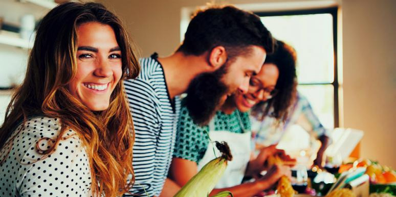 10 Common Lies Men Tell Women On A First Date
