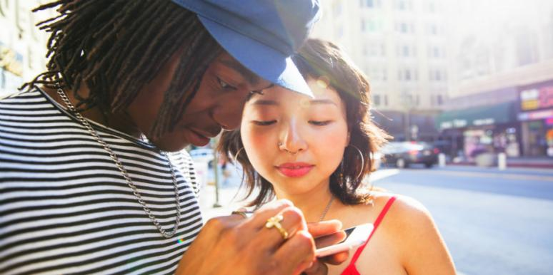 10 Signs Your Relationship Is Suffering From Serious Trust Issues (And What You Can Do Ab