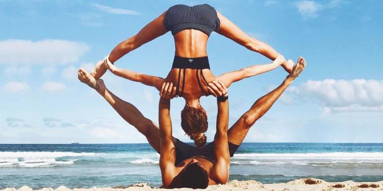 25 Couple Yoga Poses To Make You Feel Healthier And Get You Ready For The New Year 2019