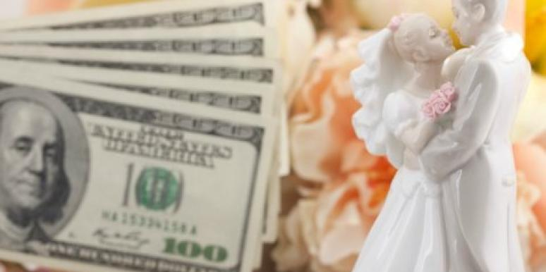 3 Financially-Savvy Ways To Fund Your Dream Wedding