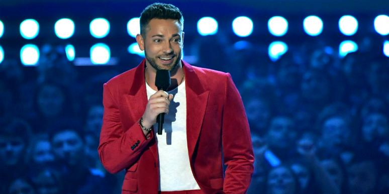 Who Is Zachary Levi New Details On The Host Of the MTV VMAs
