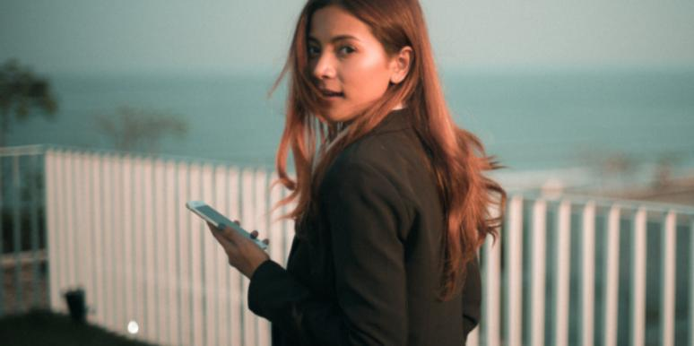 Why You Just Can't Delete Tinder, According To Your Zodiac Sign