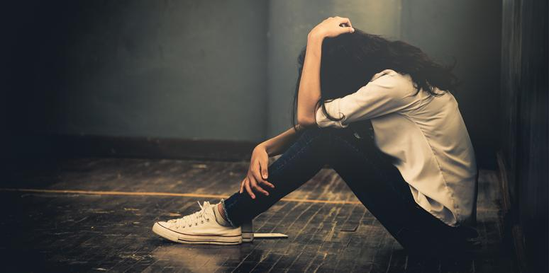 How To Deal With Depression: 7 Things That Actually Make It Worse