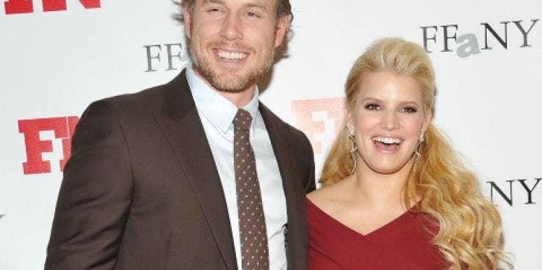 Eric Johnson and Jessica Simpson smiling