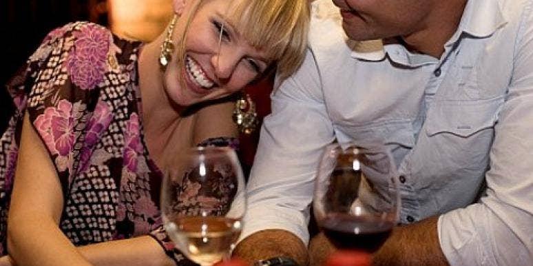 Get Flirty! 14 Body Language Dos & Don'ts [EXPERT]