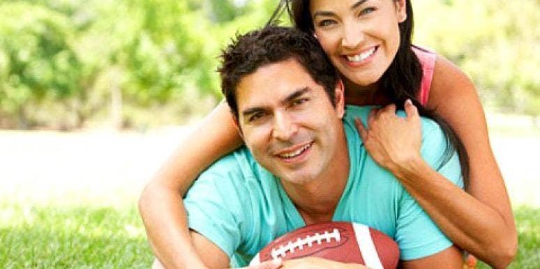 5 Tips To Survive Football Season As A Couple [EXPERT]
