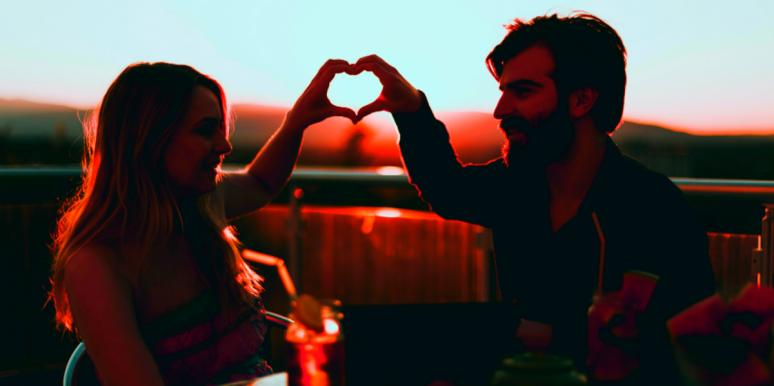 What The September 2nd Pisces Full Moon Means For Your Love Life & Relationships