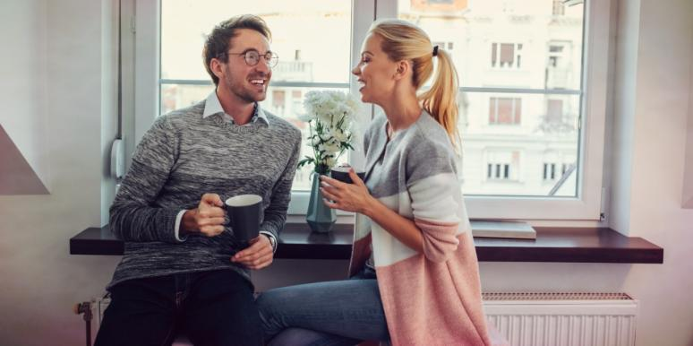 7 Benefits Of Good Communication Skills To Deepen Intimacy In Relationships (& How To Be A Better Listener)
