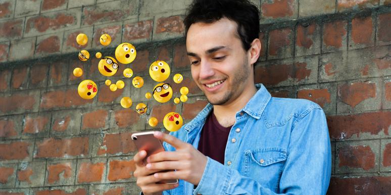 The 3 Emojis That Are Instant Turn-Offs For Guys (And The 3 They Like Best)