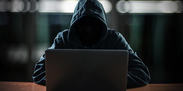Hacker Posts Nude Photos As Women's Facebook Profile Pics