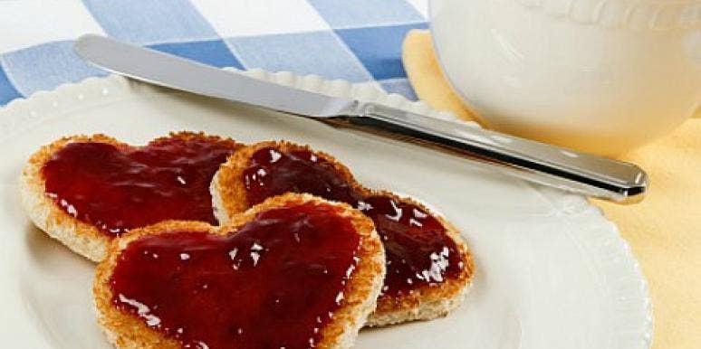 heart toast jam coffee