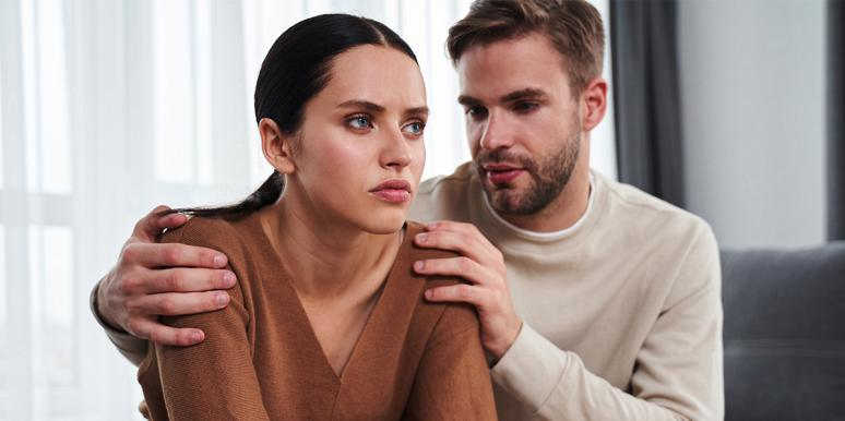 man trying to break up with girlfriend without hurting her