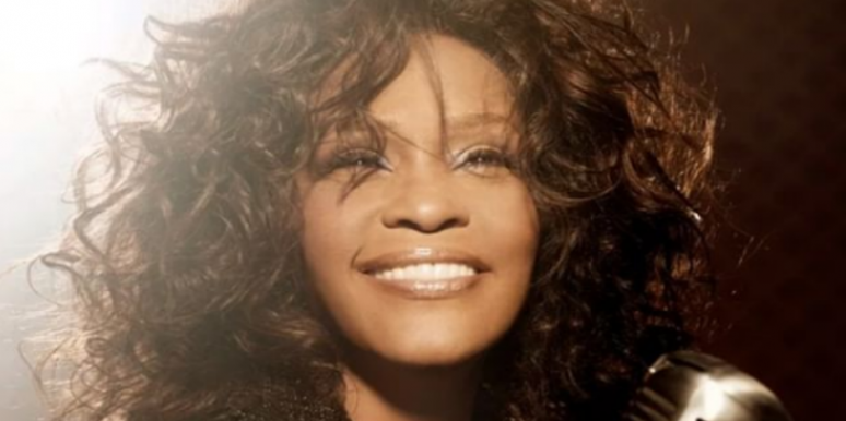 Who Is Robyn Crawford? New Details On Whitney Houston's Alleged Lesbian Lover