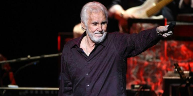 How Did Kenny Rogers Die Details Revealed The Country Singer S Battle With Cancer Yourtango