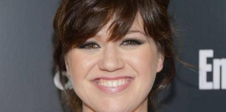 Kelly Clarkson in love