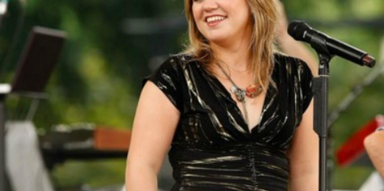 Kelly Clarkson Will Ditch Music For Romance And Babies