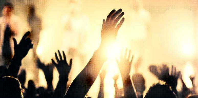 hands praising