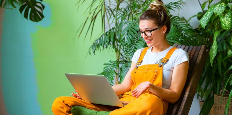 woman working on laptop computer