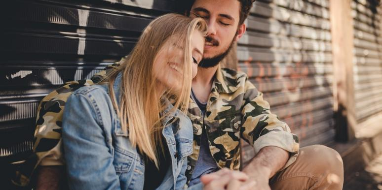 4 Zodiac Signs Who (Always) Have The Best Love Life During