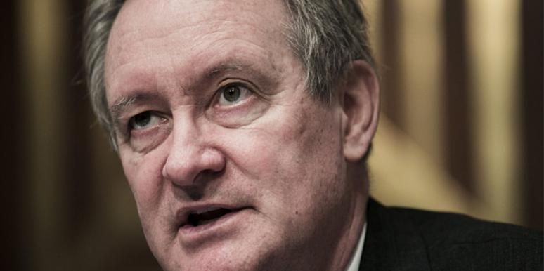 who is Mike Crapo's wife