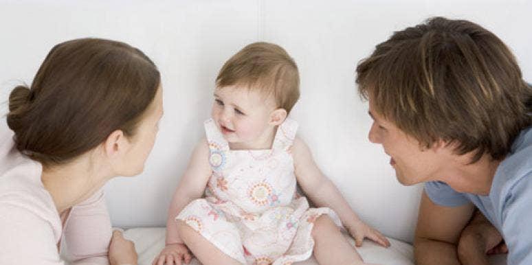 baby in between parents