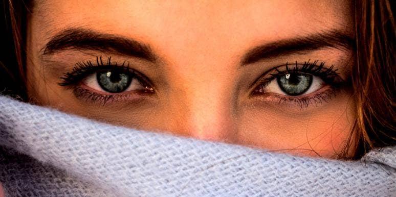 honest woman's eyes