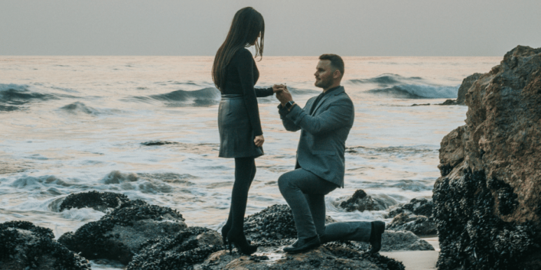How To Propose The Right Away, According To Real Couples
