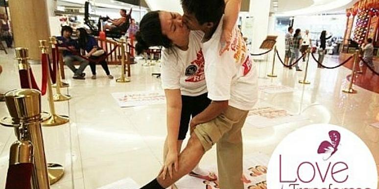 Weird News: 9 World Records In Love That You Won't Believe