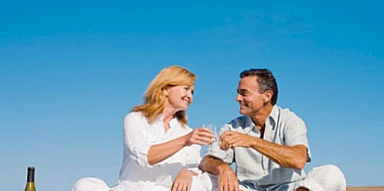 What are the benefits of dating as a couple