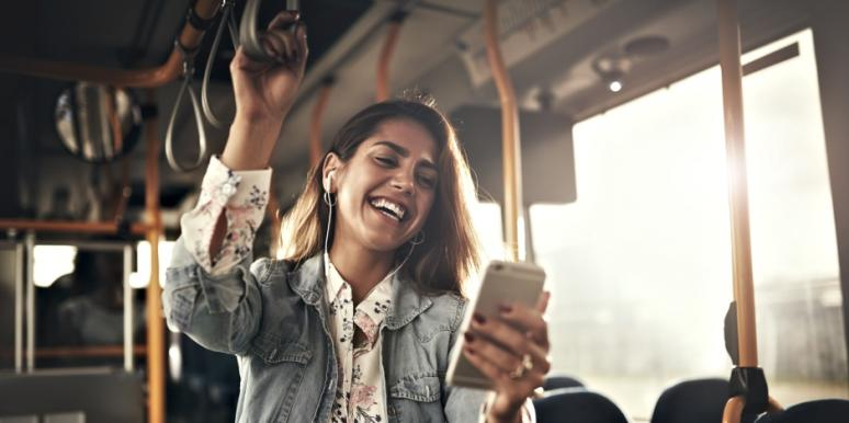 6 Reasons Why Online Dating Is Actually Keeping You Single