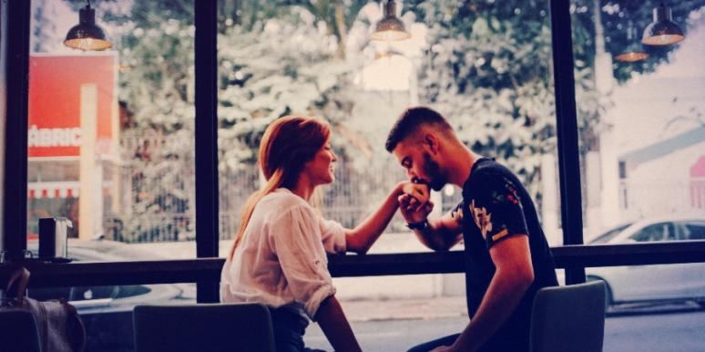 First Date Tips & Advice For Who Should Pay When Dating